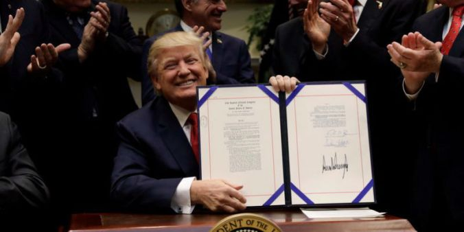 trump-signs-bill-allowing-veterans-to-seek-care-outside-broken-va-system